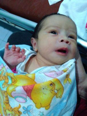 Ini foto Dedek Maryam pas masih di RS.